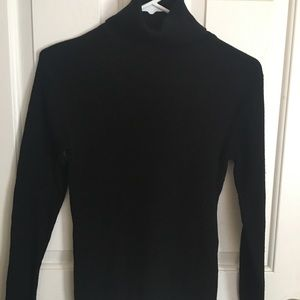 Black vintage turtle neck